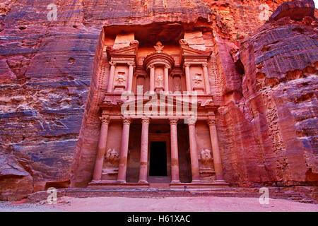View of the Treasury, Al-Khazneh, Petra, Jordan - Stock Photo