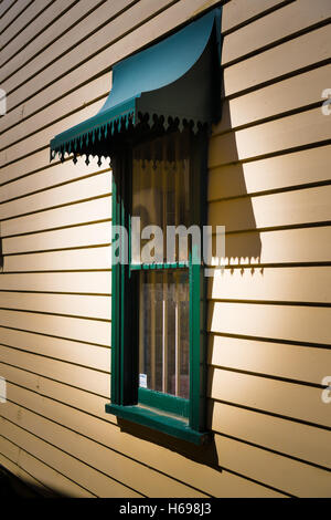 Australian Window detail on a weatherboard cottage in the Blue Mountains, NSW - Stock Photo