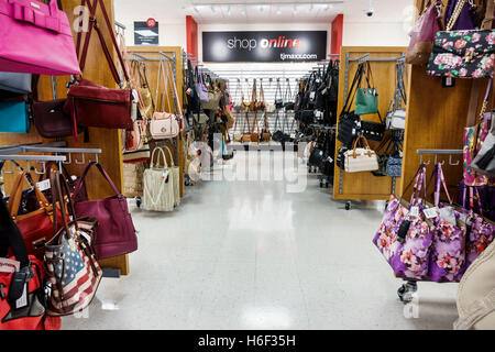 florida st saint lucie the landing at tradition shopping pier 1 stock photo royalty free image. Black Bedroom Furniture Sets. Home Design Ideas