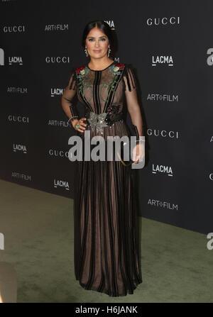 Los Angeles, Ca, USA. 29th Oct, 2016. Salma Hayek attends the 2016 LACMA Art   Film Gala honoring Robert Irwin and - Stock Photo