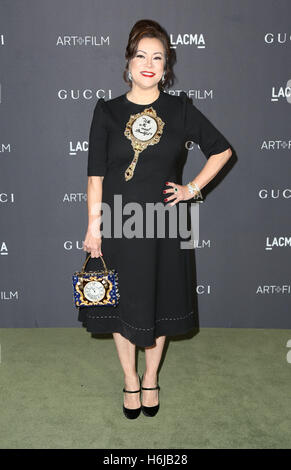 Los Angeles, Ca, USA. 29th Oct, 2016. Jennifer Tilly attends the 2016 LACMA Art   Film Gala honoring Robert Irwin - Stock Photo