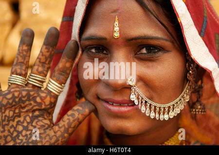 woman close humans human beings people folk persons human human being laugh laughs laughing twit giggle smile smiling - Stock Photo