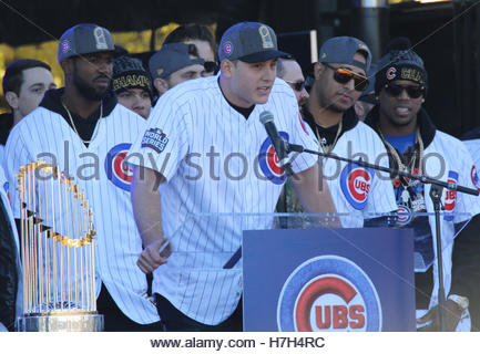 Chicago, USA. 4th Nov, 2016. Chicago Cubs players address fans during a rally in Grant Park to celebrate the team's - Stock Photo