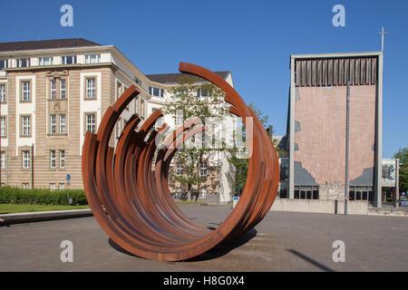 Local court and regional court and monument at 'Koenig-Heinrich-Platz', square, Duisburg, Ruhr area, North Rhine - Stock Photo