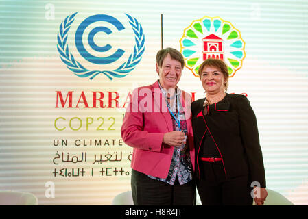 Marrakech, Morocco. 15th Nov, 2016. The German Federal Minister of the Environment Barbara Hendricks and Moroccan - Stock Photo