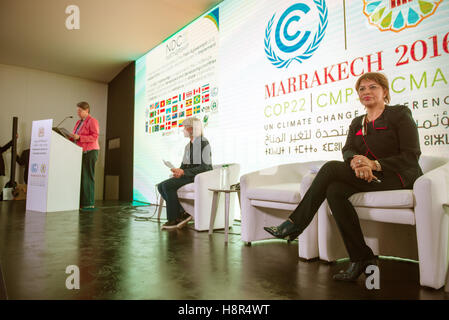 Marrakech, Morocco. 15th Nov, 2016. The German Federal Minister of the Environment Barbara Hendricks, the Moroccan - Stock Photo