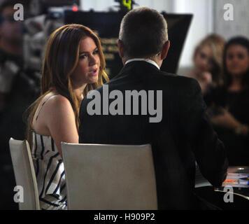 New York, NY, USA. 17. November 2016. Heutige Isla Fisher bei NBC in New York City am 17. November 2016 zeigen. - Stockfoto