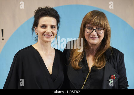 Madrid, Spain. 19th Nov, 2016. Juliette Binoche, Isabel Coixet attended 'Women in Action' award to Juliette Binoche - Stockfoto