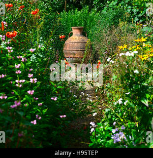Grecian urn stock photo royalty free image 31309914 alamy - Mixed style gardens ...
