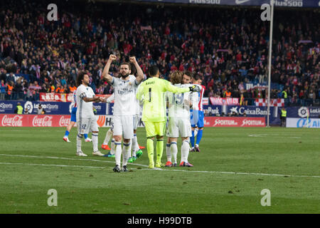 Madrid, Spain. 19th Nov, 2016. Real Madrid celebrates his victory. Real Madrid beats Atletico de Madrid by 3 to - Stock Photo