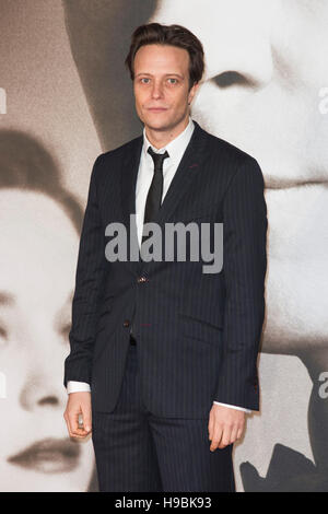 London, UK. 21st November 2016. August Diehl attends the UK premiere of Allied, the World War II romantic thriller - Stock Photo