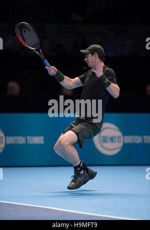 Barclays ATP World Tour Finals, Day 4. Andy Murray (GBR) vs Kei Nishikori (JPN). © sportsimages/Alamy Live News - Stock Photo