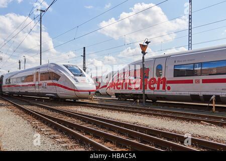 Deutsche Bahn: ICE-Trains in Berlin-Grunewald - Stock Photo