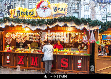 Germany, Berlin, Kurfurstendamm, Christmas Market, Kaiser ...