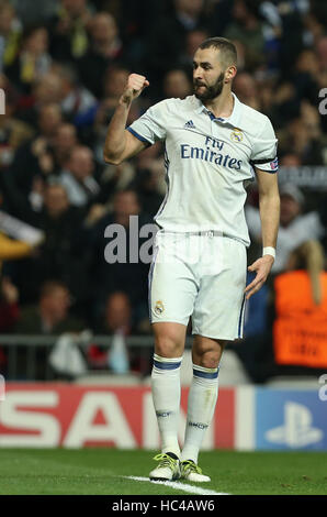 Madrid, Spain. 7th Dec, 2016. Goalscorer Karim Benzema of Madrid pictured during the Champions League football match - Stockfoto