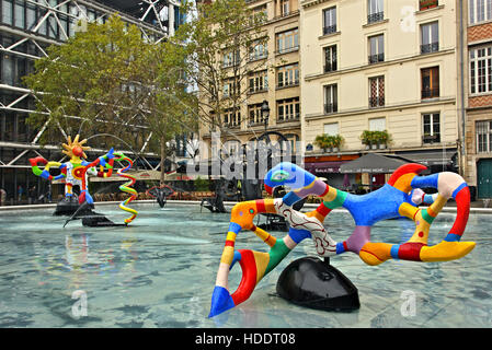 Modern sculpture at the fountain of Place Igor Stravinsky, outside the Centre Pompidou, Paris France. - Stock Photo