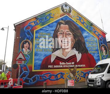 Belfast falls rd rebublican mural at peace wall for Bobby sands mural falls road