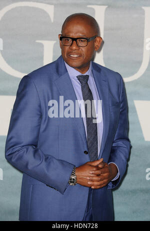 London, UK, UK. 13th Dec, 2016. Forest Whitaker attends the launch event for 'Rouge One: A Star Wars Story' at Tate - Stock Photo