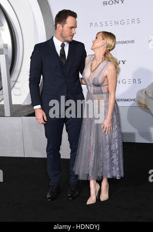 Westwood, California, USA. 14th Dec, 2016. Chris Pratt and Anna Faris arrives for the premiere of the film 'Passengers' - Stock Photo