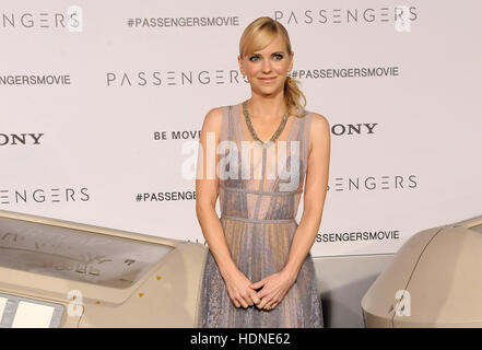 Westwood, USA. 14th Dec, 2016. Anna Faris at the Los Angeles premiere of 'Passengers' held at the Regency Village - Stock Photo