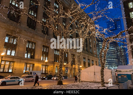 Chicago, USA.  15 December 2016.  The annual Christkindlmarket takes place in Daley Plaza, which is surrounded by - Stock Photo