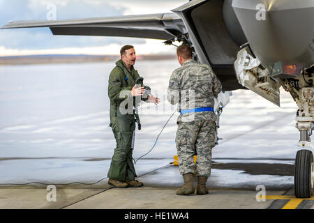 Maj. Thomas Hayes, a pilot with the 31st Test and Evaluation Squadron, a tenant unit at Edwards Air Force Base, - Stock Photo