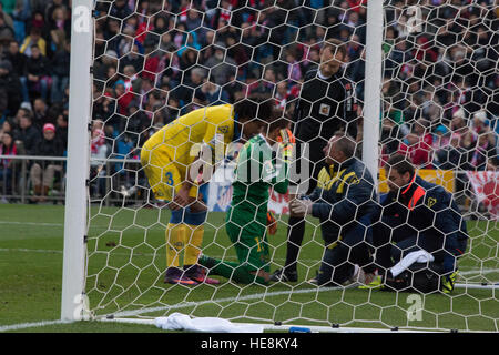 Madrid, Spain. 17th Dec, 2016. Javi Varas (C) injuried in a moment of the game. Atletico de Madrid won by 1 to 0 - Stock Photo