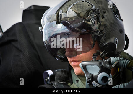 Capt. Brad Matherne views the flightline inside an F-35A Lightning II before a training mission April 4, 2013, at - Stock Photo
