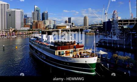 Floating Restaurant Sydney Harbour