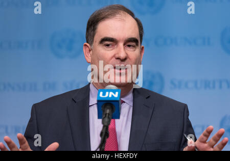 New York, United States. 23rd Dec, 2016. Following the close of United Nations Security Council consultations regarding - Stock Photo