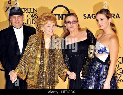 Los Angeles, Ca, USA. 25th Jan, 2016. Todd Fisher, Debbie Reynolds, Carrie Fisher and Billie Lourd at the 21st Annual - Stock Photo