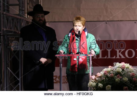 Berlin, Germany. 27th Dec, 2016. German MP Petra Pau speaks as Or Elyakim, an Israeli man who lost his mother Dalia - Stock Photo