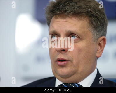 Moscow, Russia. 29th Dec, 2016. Russia's Transport Minister Maxim Sokolov attends a press conference to sum up the - Stock Photo