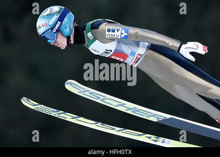 Oberstdorf, Germany. 30th Dec, 2016. Austrian ski jumper Michael Hayboeck in action during a test round at the 65th - Stockfoto