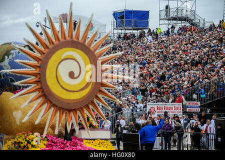 Los Angeles, USA. 2nd Jan, 2017. People visit the 128th Rose Parade on Colorado Boulevard in Pasadena, California, - Stock Photo