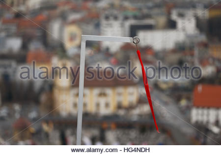 Ski Jumping - 65th four-hills ski jumping tournament trial round - Innsbruck - 04/01/2017 - A wind indicator is - Stockfoto