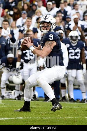 Pasadena, California, USA. 2nd Jan, 2017. Quarterback Trace McSorley of the Penn State Nittany Lions in action during - Stock Photo