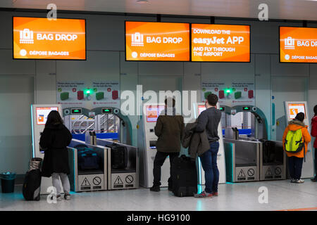 check in easyjet gatwick to milan - photo#9