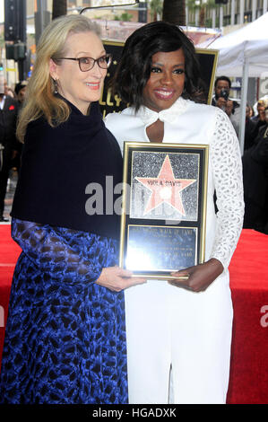 Hollywood, California, USA. 5th Jan, 2017. Meryl Streep and Viola Davis attend the ceremony to honour Viola Davis - Stock Photo