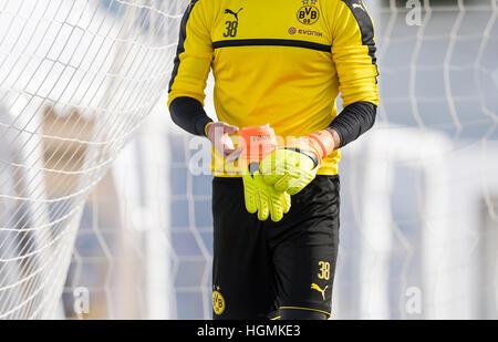 Marbella, Spain. 11th Jan, 2017. Dortmund goalkeeper Roman Buerki training at the Borussia Dortmund training camp - Stock Photo