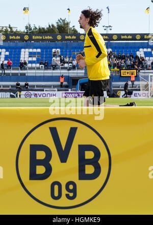 Marbella, Spain. 11th Jan, 2017. Dortmund's Neven Subotic running at the Borussia Dortmund training camp in Marbella, - Stock Photo