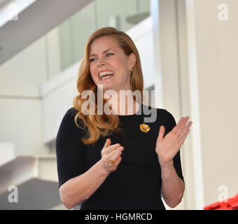 Los Angeles, USA. 11th Jan, 2017. Amy Adams at Hollywood Walk of Fame Star Ceremony honoring actress Amy Adams. - Stockfoto