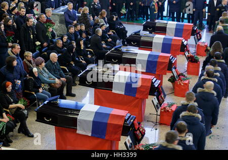 Moscow region, Russia. 16th January 2017. A farewell ceremony for Tupolev Tu-154 plane crash victims at the Federal - Stockfoto