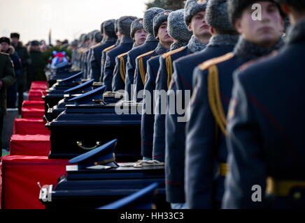 Moscow region, Russia. 16th January 2017. Funeral of Tupolev Tu-154 plane crash victims at the Federal Military - Stockfoto