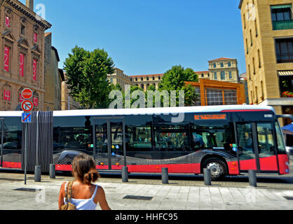 Public transportation bus old port square corfu town - Taxi from marseille airport to vieux port ...