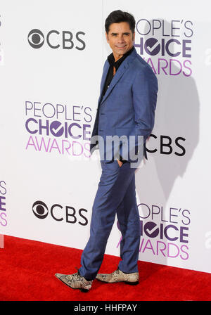 Los Angeles, USA. 18th Jan, 2017. John Stamos arrives for the People's Choice Awards at the Microsoft Theater in - Stock Photo
