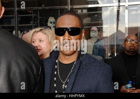 Los Angeles, USA. 19th Jan, 2017. Eddie Murphy at the induction ceremony for his star on the Hollywood Walk of Fame - Stockfoto