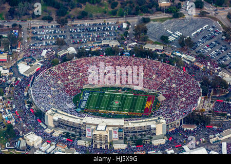 Pasadena, California, USA. 2nd Jan, 2017. Aerial view of the Rose Bowl during the 2017 Rose Bowl game Credit: Mark - Stock Photo