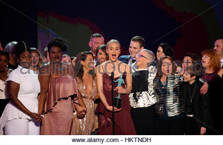Cast members of Orange is the New Black celebrate after winning the award for Best Ensemble in a Comedy Series during - Stockfoto