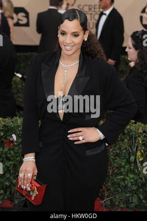 Los Angeles, CA, USA. 29th Jan, 2017. Dascha Polanco at arrivals for 23rd Annual Screen Actors Guild Awards, Presented - Stock Photo